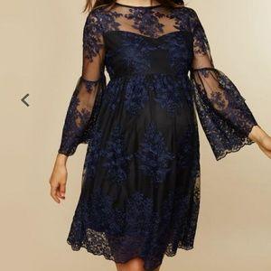 Long sleeve lace maternity dress